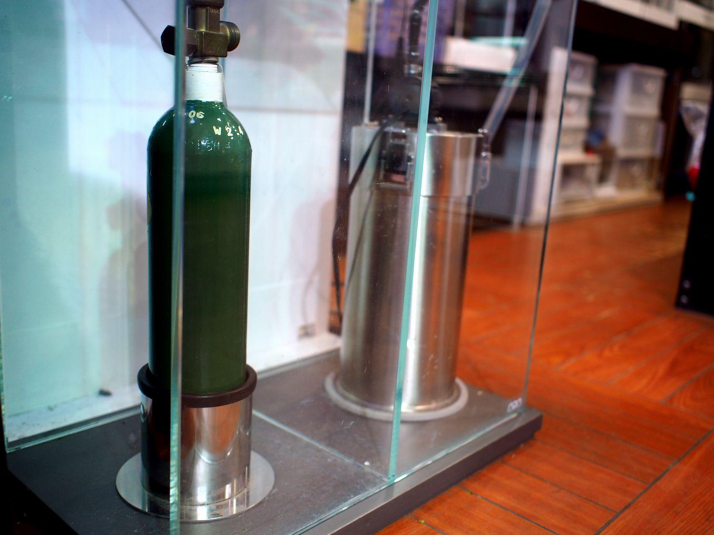 CO2 大型ボンベスタンド 新